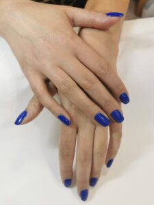 manicura-uñas-estetica-mika-zamora-3